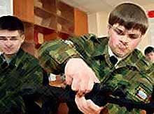 К службе в армии начнут готовить со школы
