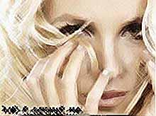 Бритни Спирс вновь на вершине американского хит- парада