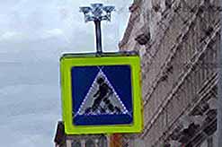На дорогах России появятся дорожные знаки на солнечных батареях