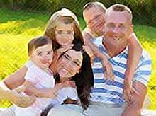 Семья с тремя детьми в России станет нормой