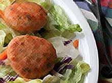 Котлеты из крабового мяса, семги и креветок