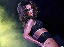 Рианна возглавила TOP-15 самых сексуальных женщин планеты  (фото)