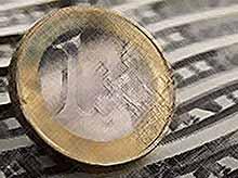 Курс евро  и доллара растут