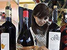 В России возрастной ценз для продажи алкоголя  поднимут до 21 года.