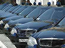 В России предложили в ответ на санкции запретить госзакупки Mercedes, BMW и Audi