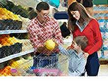 Траты россиян на Новый год в магазинах стали минимальными за пять лет