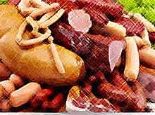 Котлеты , сосиски и бекон хотят включить  в список канцерогенов