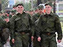 Большинство россиян считают, что необходимо сохранить призыв в армию
