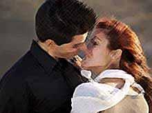 Мужчины более романтичны, чем женщины.