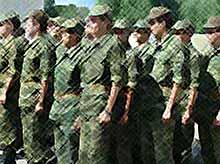 Срок службы в армии хотят увеличить