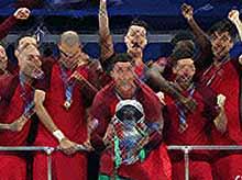 Португалия впервые выиграла чемпионат Европы по футболу