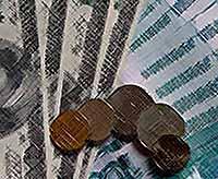 Курс доллара превысил отметку в 33 рубля