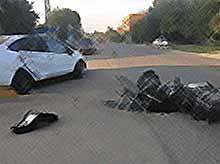 В Тимашевске иномарка столкнулась с мотоциклом, два человека травмированы