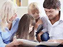Образованные родители больше времени уделяют детям