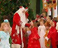 В Тимашевске проходят новогодние утренники для детей