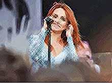 В Тимашевске на День города выступит певица Макsим