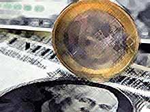 Курс доллара приблизился к 45 рублям