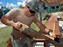 Тяжелый физический труд опасен для мужчин