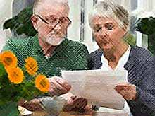 Российским пенсионерам с 1 апреля поднимут пенсии