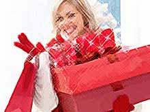 Какие новогодние товары  выгодно купить прямо сейчас