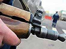Полицейским разрешат стрелять в хулиганов с травматикой