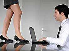Работа не может разрушить романтические отношения