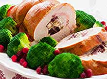 Новогодние рецепты: рулет из индейки