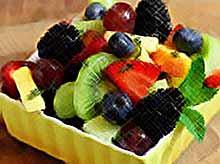 Летние фруктовые салаты.