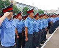 Полицейские Тимашевска усиленно дежурят в дни майских праздников