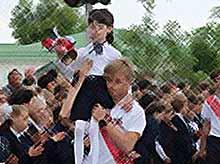 Как в школах Тимашевского района прошел Последний звонок