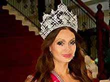 """После скандального интервью модель отказалась от титула \""""Миссис Россия 2012\"""" (видео)"""