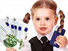 В школах будут  учить тратить деньги с первого класса