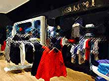 В России могут начать уничтожение брендовой одежды из Европы