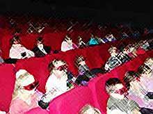 Провели каникулы в кинотеатре