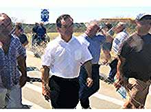 Губернатор Кубани встретился с жителями пострадавшей от града станицы Новокорсунской