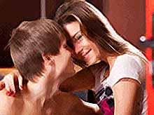 Молодежь в России слишком рано начинает заниматься сексом