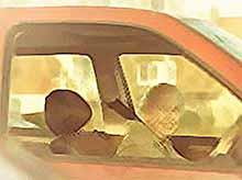 Как на самом деле ездят на автомобилях пожилые люди (Видео)