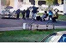 В Краснодаре мужчина избил ребенка на детской площадке