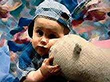 Нужно-ли заставлять ребенка делиться любимыми вещами?