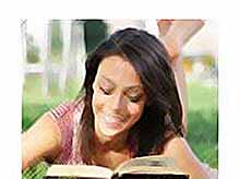 Ученые предложили лечить людей от депрессии книгами