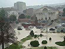 Сильный ливень обрушился на Новороссийск