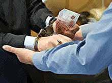 В Тимашевске инспектор автодорнадзора пойман на взятке