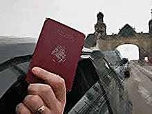 Россияне обязаны будут сообщать о наличии второго гражданства или вида на жительство