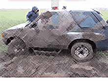 В Калининском районе в ДТП погиб водитель упавшей в канал иномарки