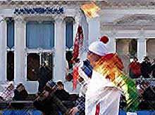 Эстафета Олимпийского огня завершается в Сочи.