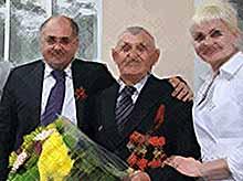 В Тимашевске поздравляют ветеранов