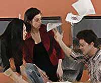 Неприятности на работе могут  вызывать болезни