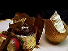 Кондитеры создали единственный в мире съедобный десерт из чистого золота (видео)