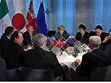 Канада ввела санкции против Жириновского, а США  против 7 человек и 17 компаний из России