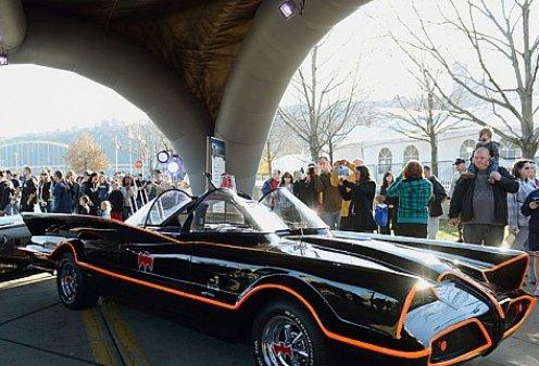 В США продали легендарный автомобиль Бэтмена